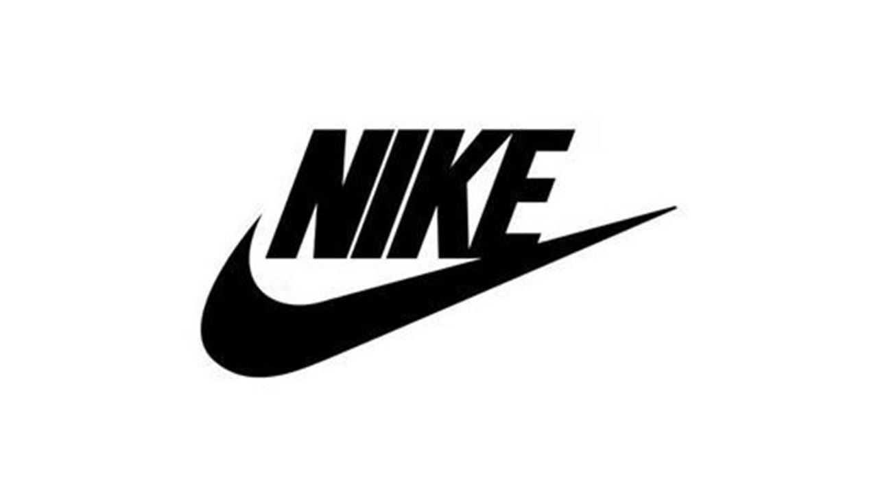 Nike ナイキのランニングシューズのレビュー、紹介